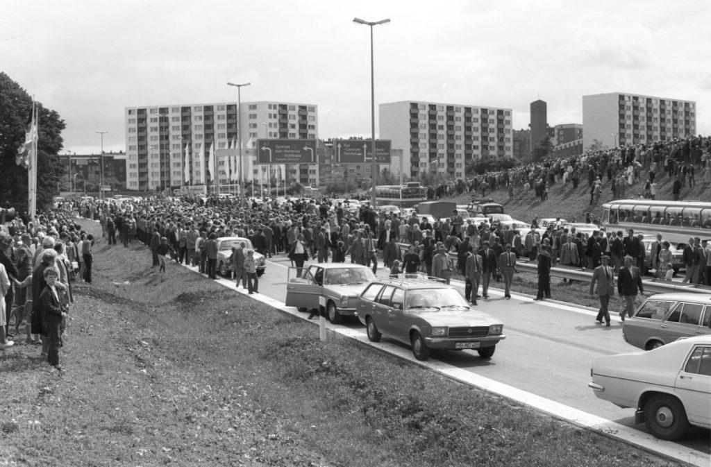 Freigabe der Autobahn A 215 bis Kiel 1972, Foto von Friedrich Magnussen aus dem Stadtarchiv Kiel