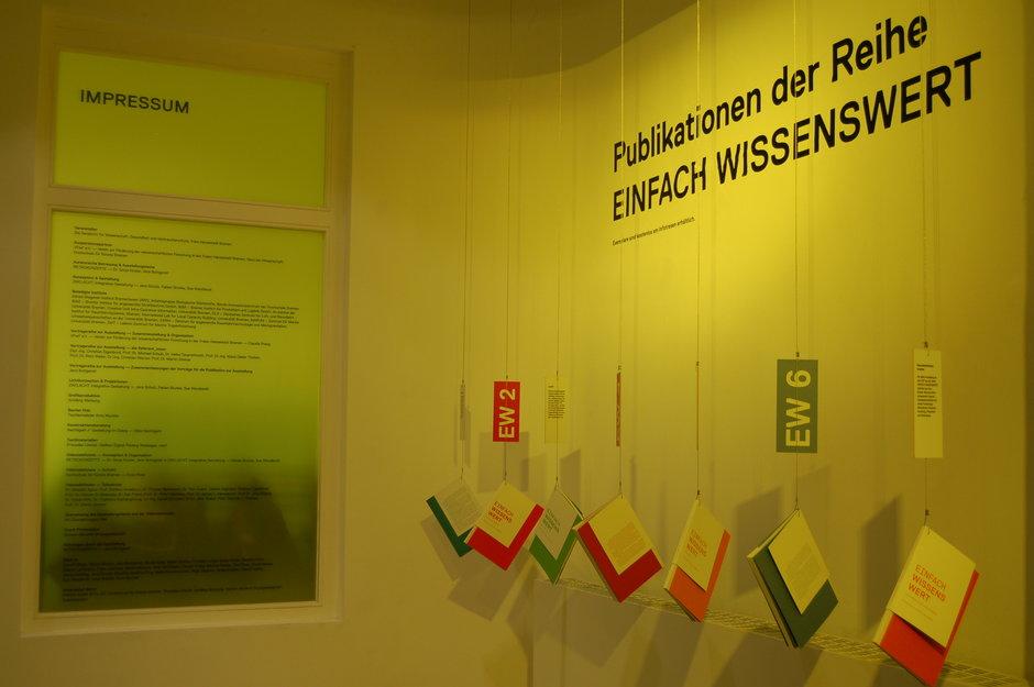 Einblick in die Ausstellung EINFACH WISSENSWERT Forschung International, Foto: Haus der Wissenschaft