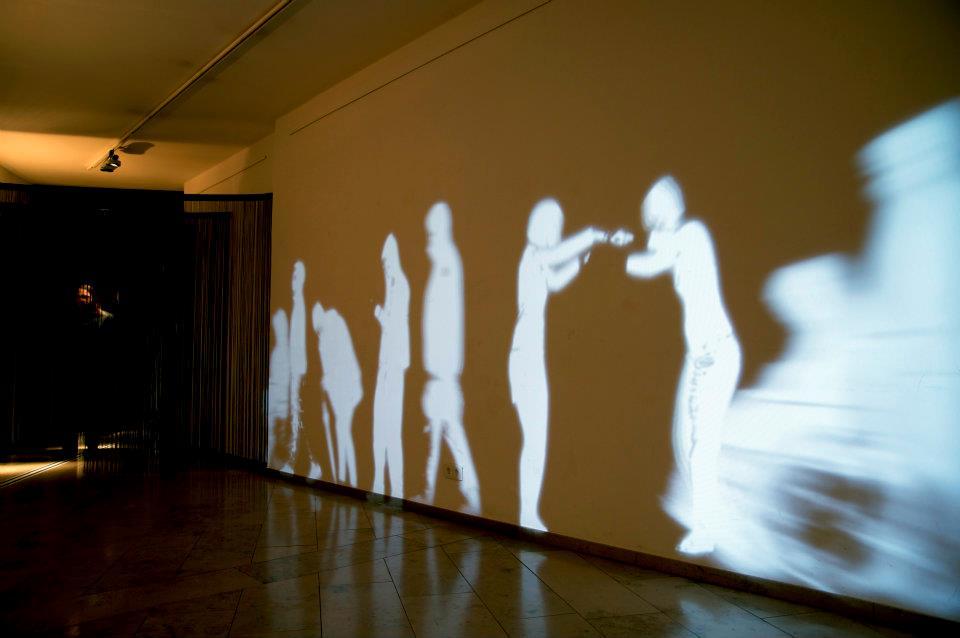 Einblick in die Ausstellung LeibEigenschaften 1 , Foto von ZwoAcht