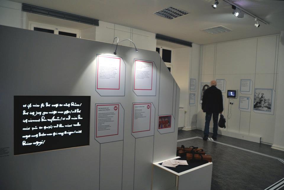 Einblick in die Ausstellung LeibEigenschaften 3, Foto von ZwoAcht